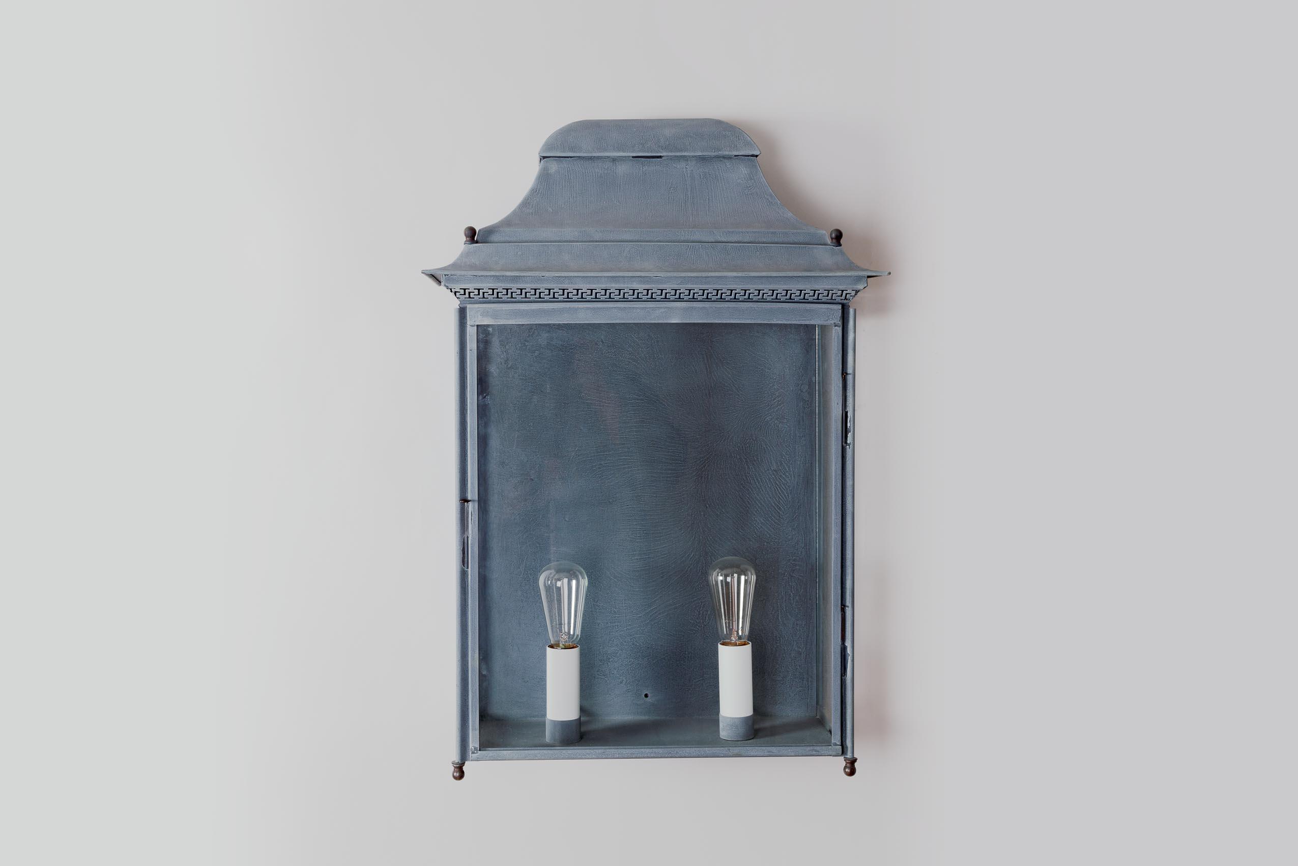 Chantilly applique g ant 2168 2 lum 39 art for Applique exterieur zinc